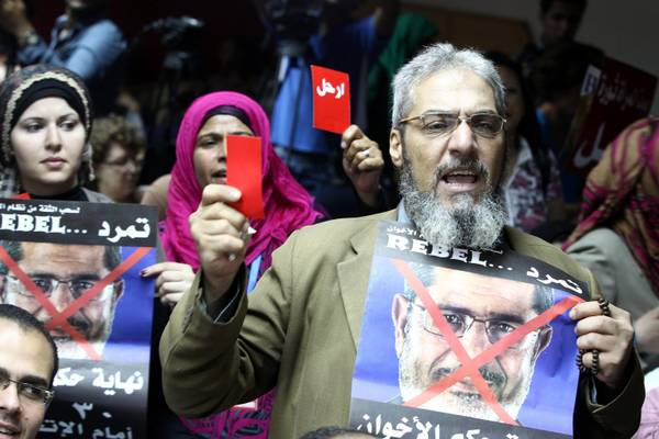 Egypt activists raise the bar in anti-Morsi campaign