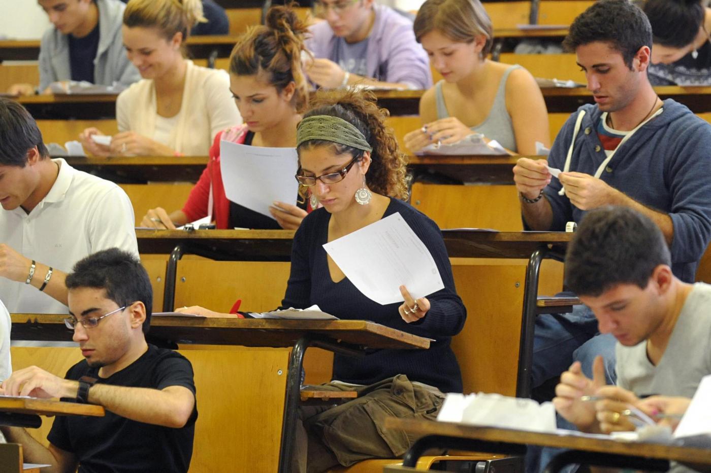 Universit test di ammissione 2015 consigli dell 39 esperto for Test ammissione economia
