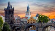 Praga monumenti locali tipici viaggio romantico