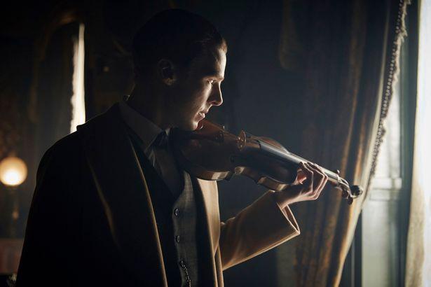 Sherlock_Benedict