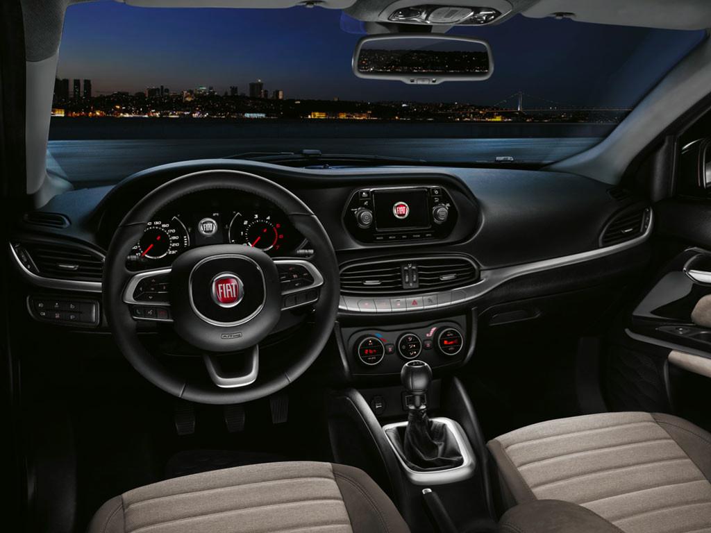 Nuova-Fiat-Tipo-interni-2016-1