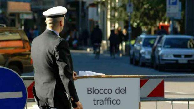 blocco del traffico 10 aprile
