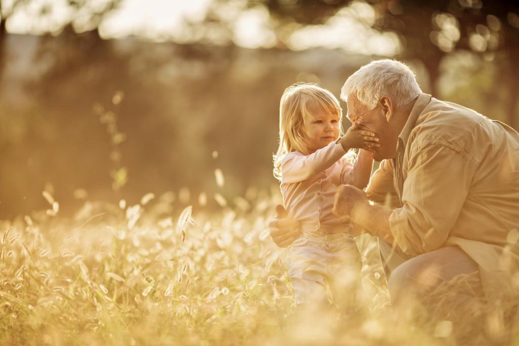 Auguri Matrimonio Dai Nonni : Frasi buona festa dei nonni immagini biglietti d
