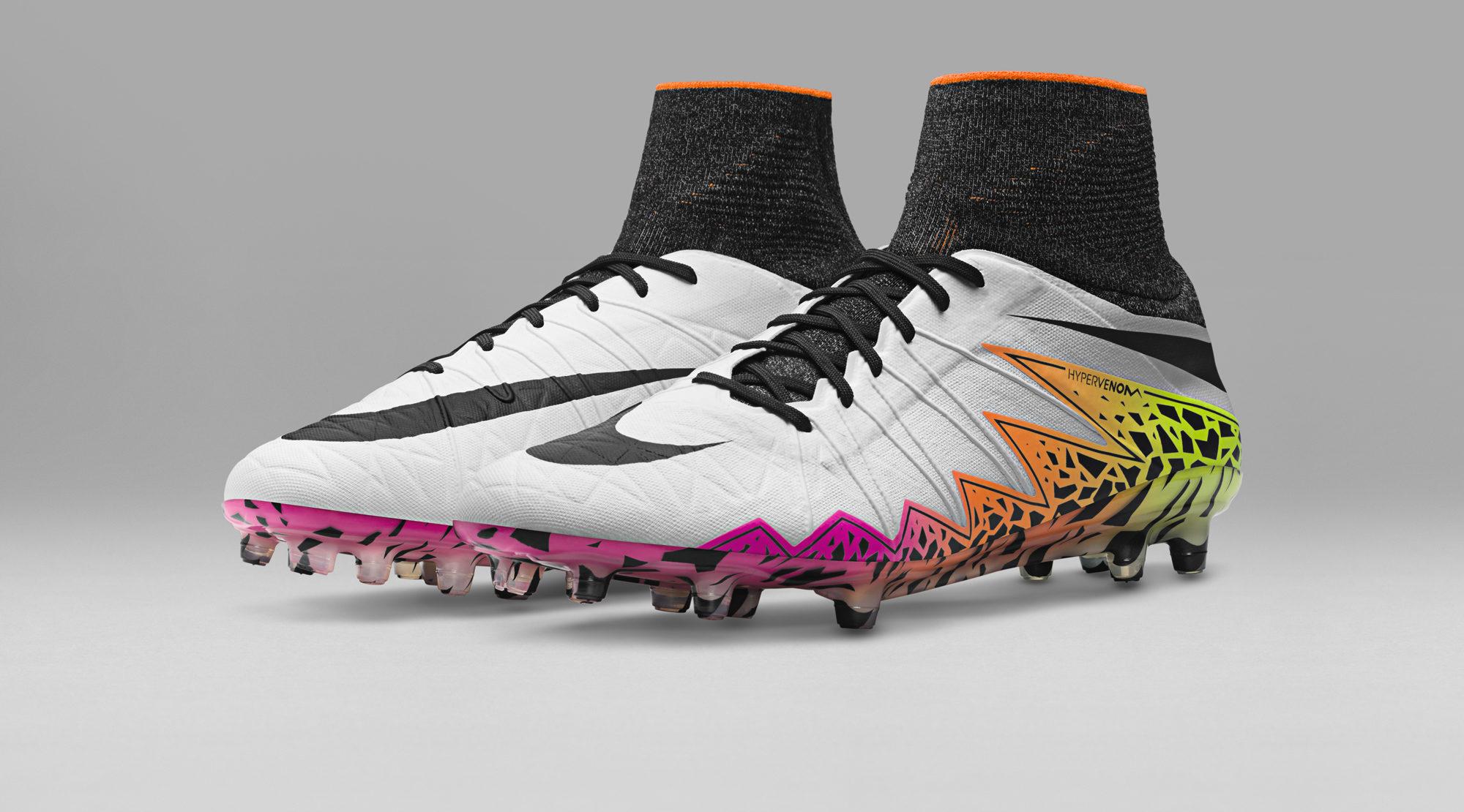 scarpe da calcio nike alte sconto