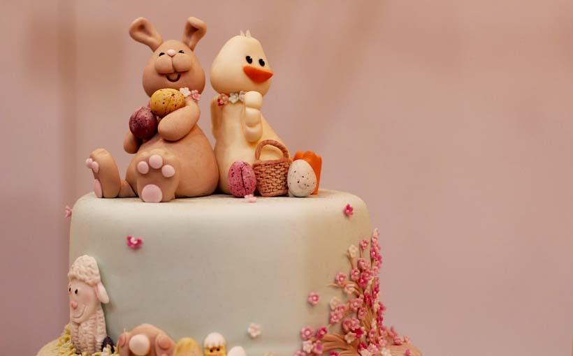 Torte Di Compleanno Per Bambini Decorazioni In Pasta Di