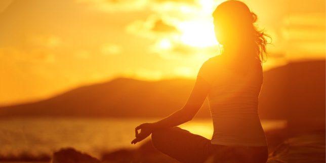 posizioni yoga per dimagrire
