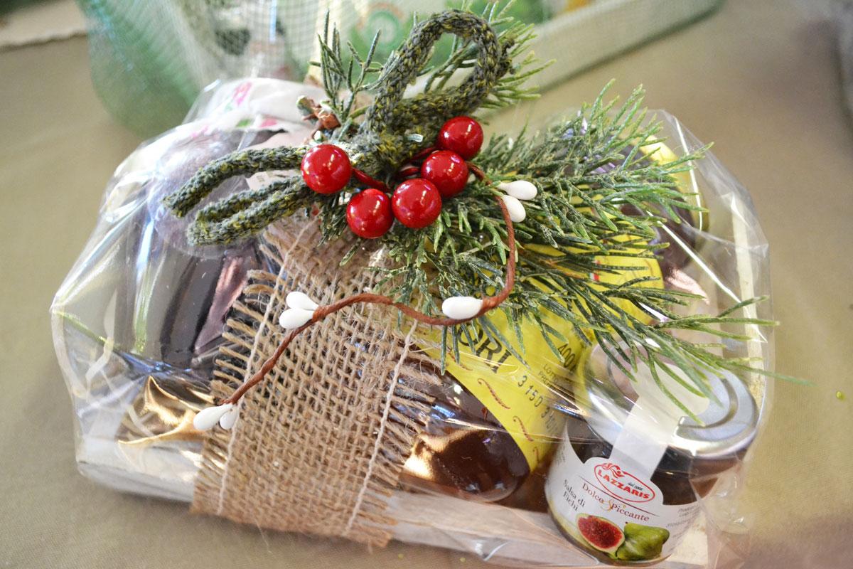 Cesti natalizi fai da te idee particolari e originali for Festoni natalizi fai da te