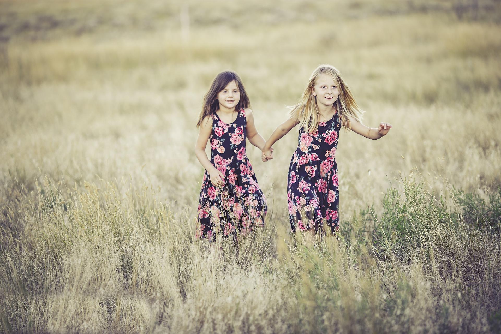 Buon Compleanno Sorella O Sorellina Frasi Di Auguri Per Lettera