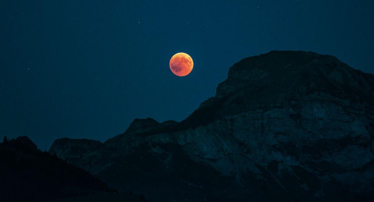 Calendario Lunare Potatura.Calendario Lunare Agosto 2019 Luna Piena Date Per Tagliare