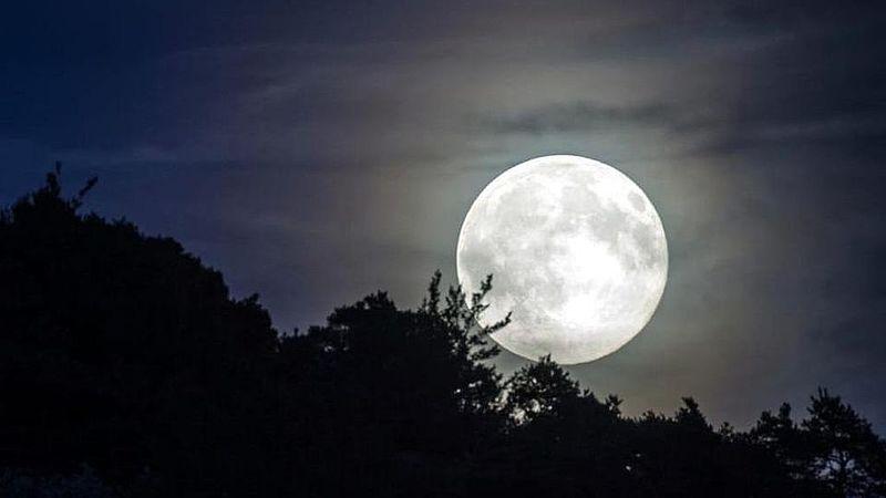 Calendario Luna Piena.Calendario Lunare Settembre 2019 Luna Piena Quando
